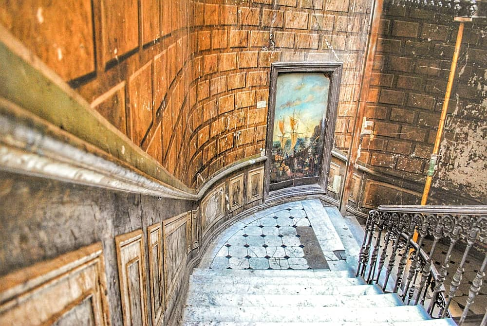 a beautiful staircase in Art Nouveau style, but in a very bad, dilapidated condition, Tbilisi